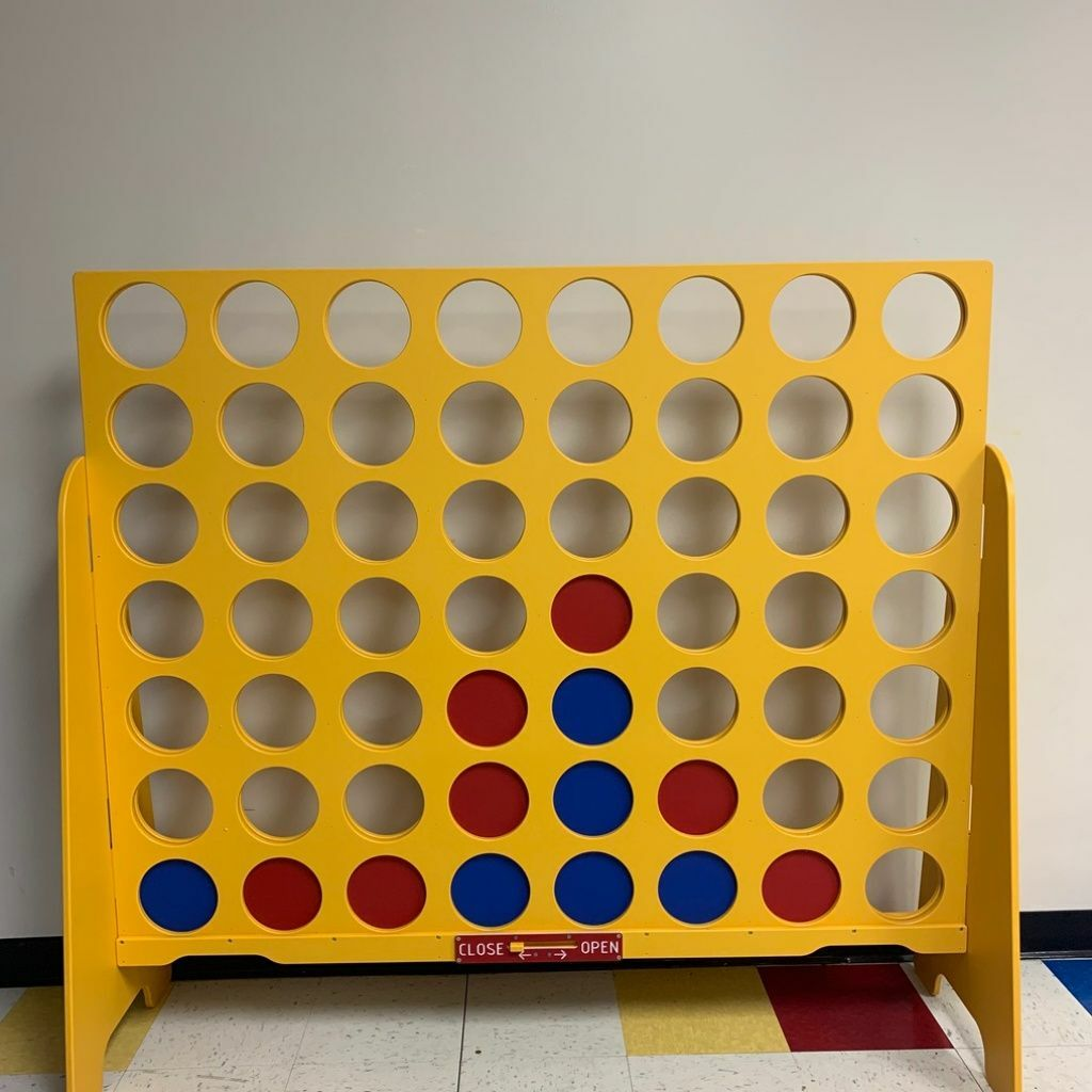 Giant Connect 4 thumbnail
